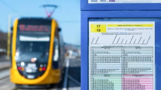 Ne feledje, április 1-től változik a fővárosi közösségi közlekedés menetrendje