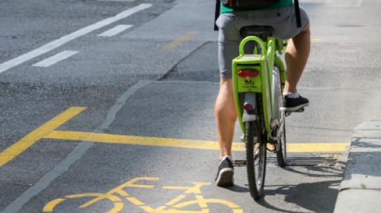 Kerékpársávokat alakítanak ki a Villányi úton – tovább nő az összefüggő hálózat